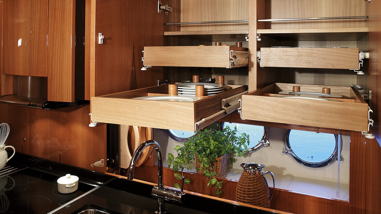 Windy 53 - Galley - cupboards