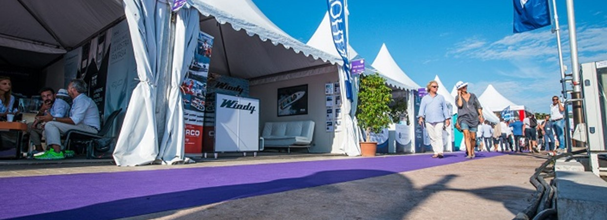 WindyStand_Cannes-6927.jpg