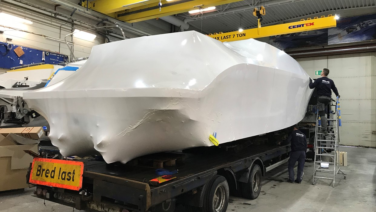 Windy Yacht Projects deliver another 12.5 metre luxury custom limo tender
