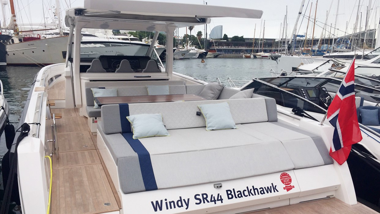Windy SR44 BlackHawk at Barcelona International Boat Show